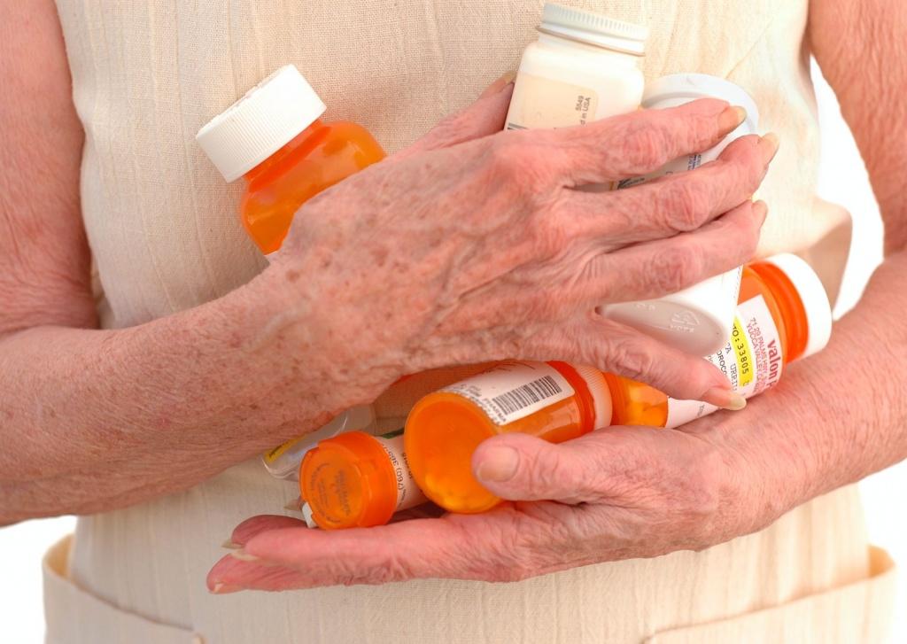 запоры у пожилых